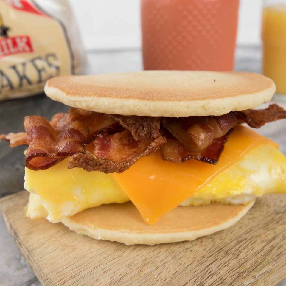 Bacon Egg and Cheese Breakfast Sandwich - Pinterest